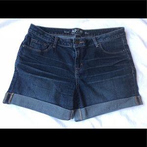 Women's Apt 9 size 12 Denim Shorts